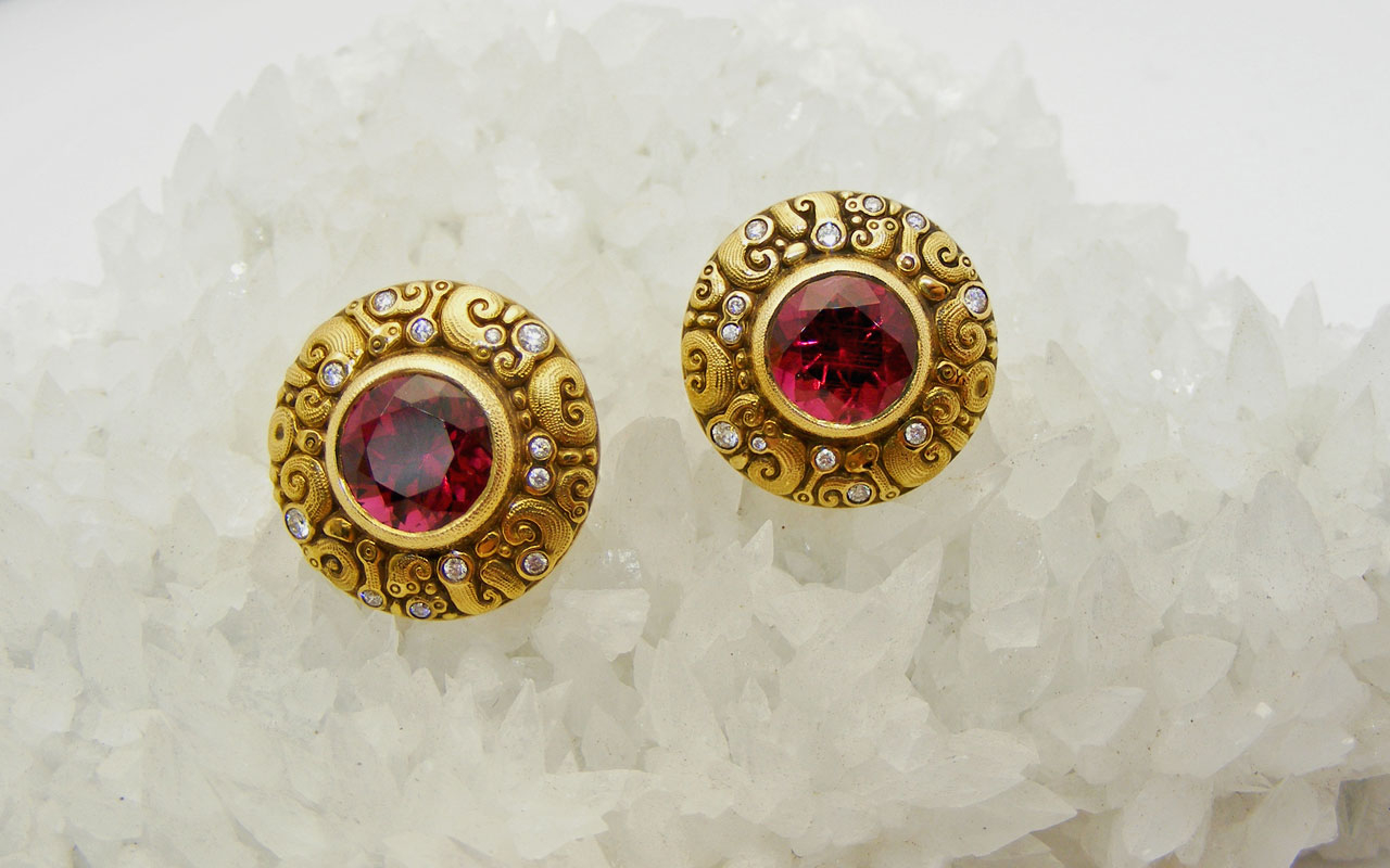 Rubellite-Temptation-earrings-on-crystal