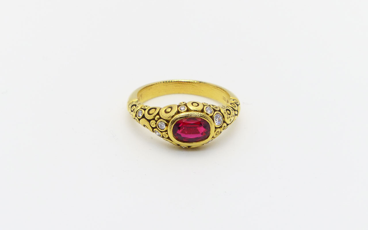 R79-Red-Spinel