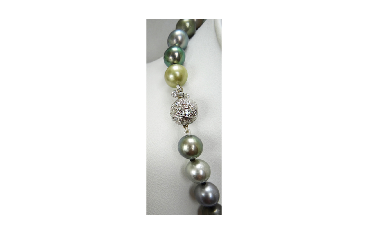 SOLD_Pearls