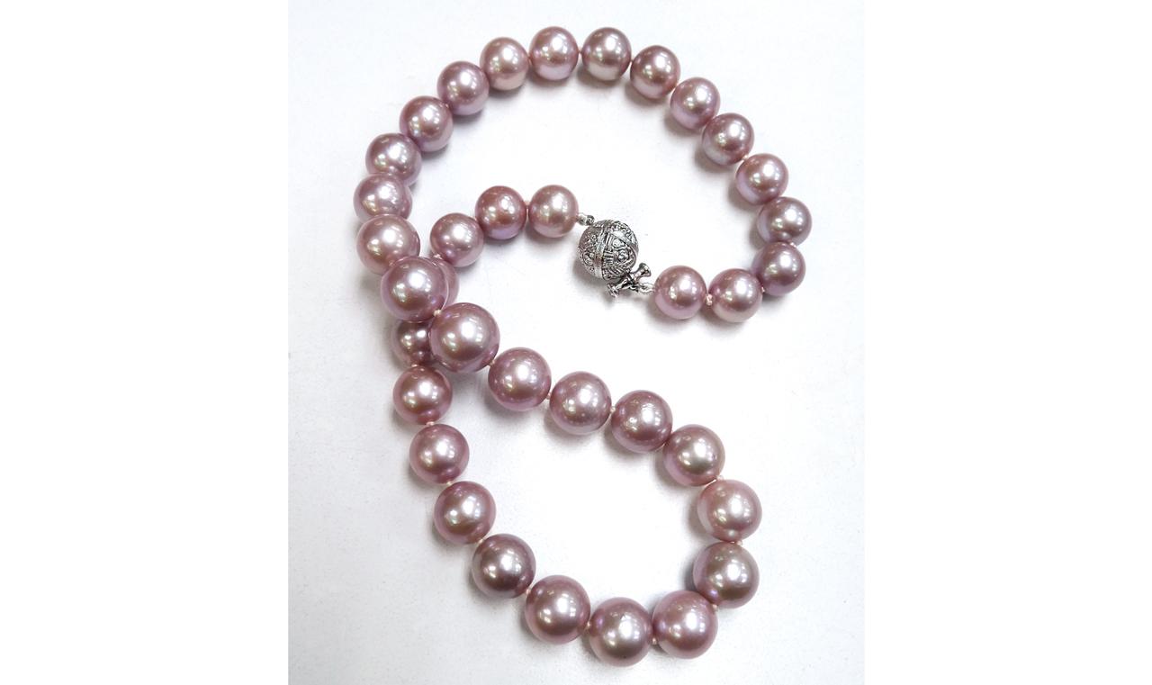 web big pink pearl necklace